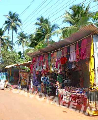 goa-beach-arambol-clothes-stalls