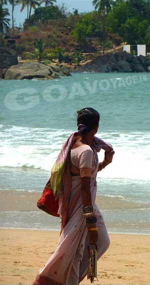 goa-beach-palolem-hawker