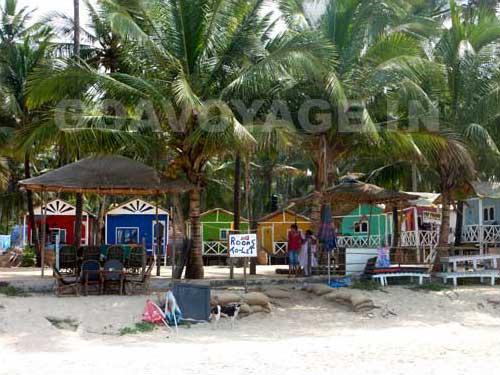 goa-beach-palolem-huts2
