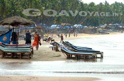 High tide in Palolem, South Goa, India