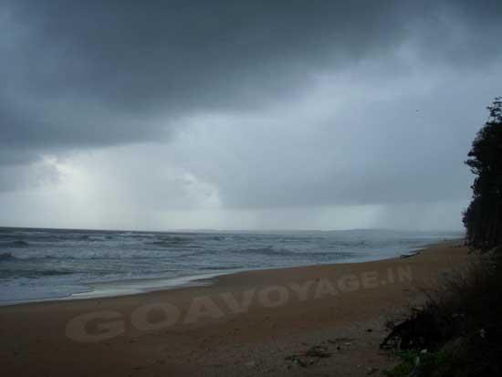 monsoon-beach
